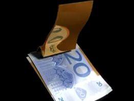 Stylische Geldscheinklamer mit Kartenhalter